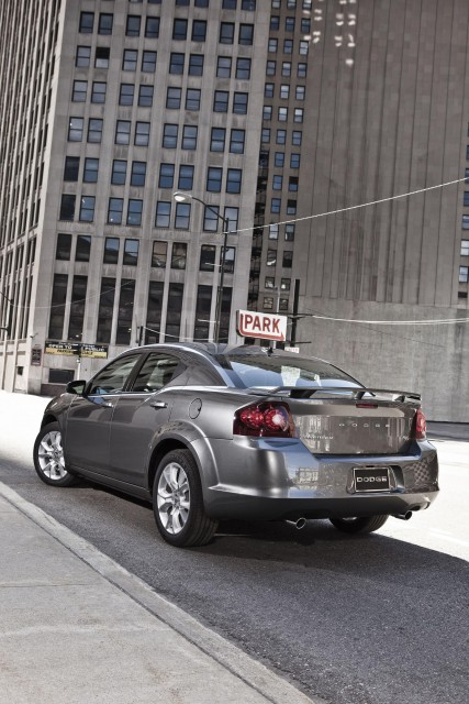 2012-dodge-avenger-rt-2.jpg